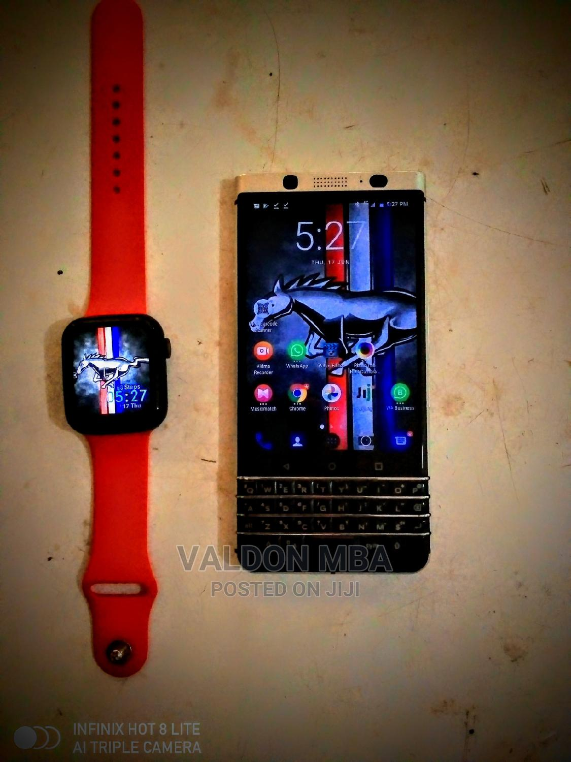 Apple Series 6 Smart Watch   Smart Watches & Trackers for sale in Nnewi, Anambra State, Nigeria