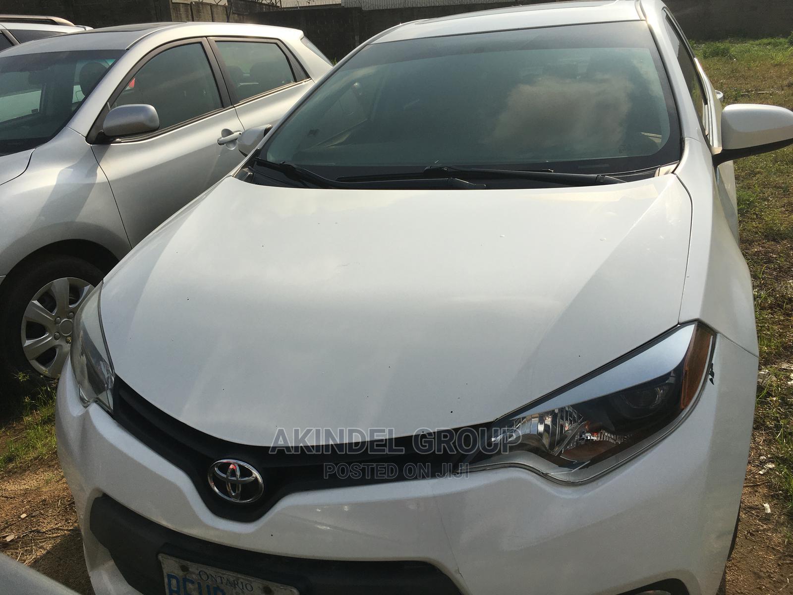 Archive: Toyota Corolla 2014 White