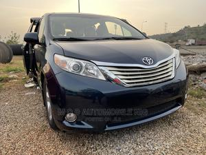 Toyota Sienna 2011 LE 7 Passenger Mobility Blue | Cars for sale in Abuja (FCT) State, Gwarinpa