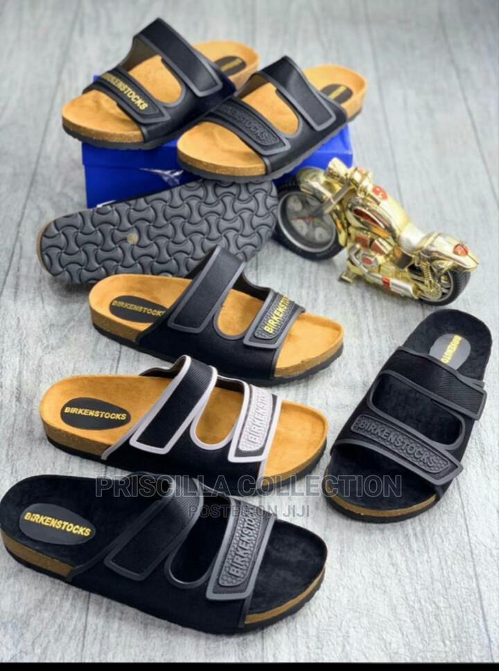 Quality Designer Palm Slippers for Men | Shoes for sale in Oyigbo, Rivers State, Nigeria