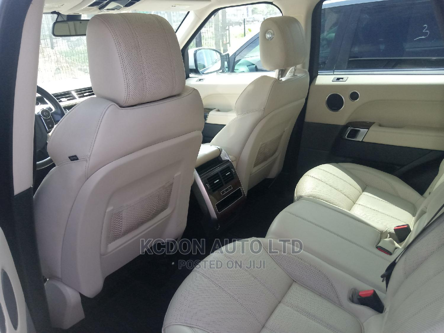 Land Rover Range Rover 2014 White | Cars for sale in Ajah, Lagos State, Nigeria