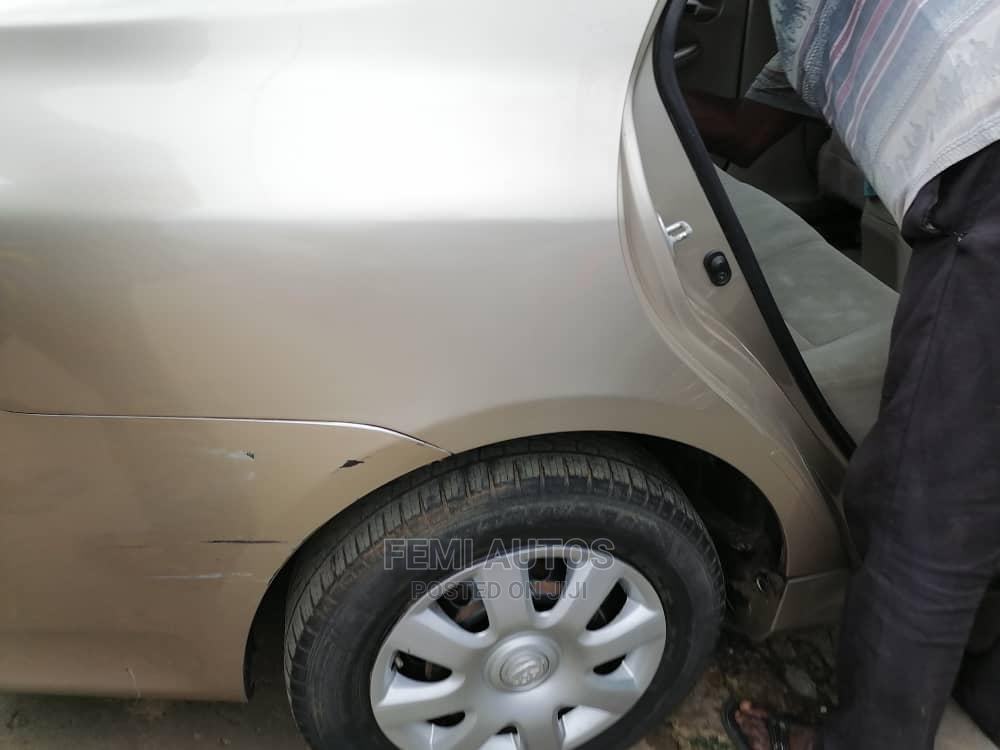 Archive: Toyota Corolla 2010 Gold