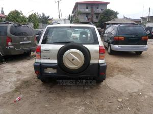 Toyota RAV4 2003 Automatic Brown | Cars for sale in Lagos State, Ogba