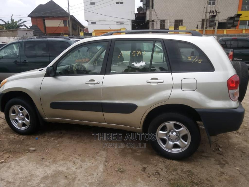 Toyota RAV4 2003 Automatic Brown | Cars for sale in Ogba, Lagos State, Nigeria