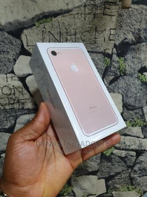 New Apple iPhone 7 128 GB Gold   Mobile Phones for sale in Lagos State, Ikeja