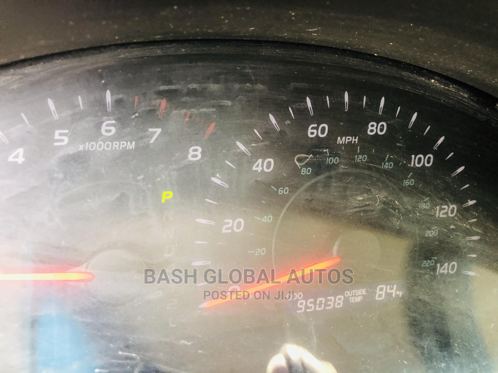 Archive: Toyota Camry 2007 Gold