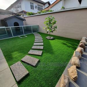 Quality Supply of Artificial Grass (Free Delivery) | Garden for sale in Lagos State, Lekki
