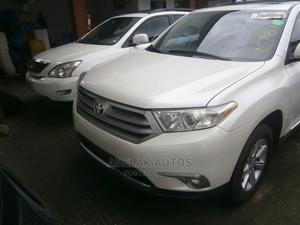 Toyota Highlander 2012 White   Cars for sale in Lagos State, Ikeja