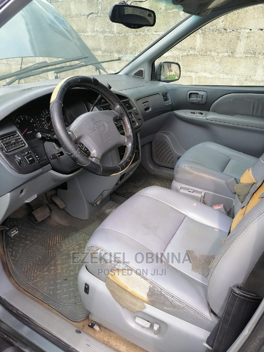 Toyota Sienna 1999 XLE Blue   Cars for sale in Isolo, Lagos State, Nigeria