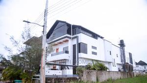 Luxurious 5 Bedroom Duplex   Short Let for sale in Lagos State, Lekki