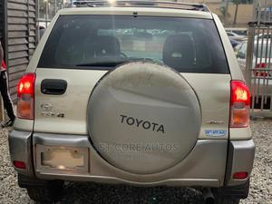 Toyota RAV4 2003 Automatic Gold | Cars for sale in Lagos State, Ikeja