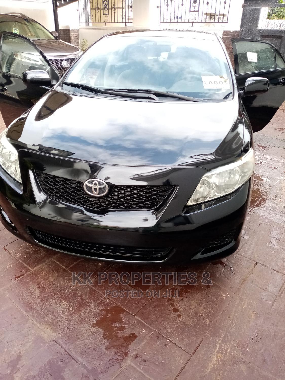 Toyota Corolla 2010 Black