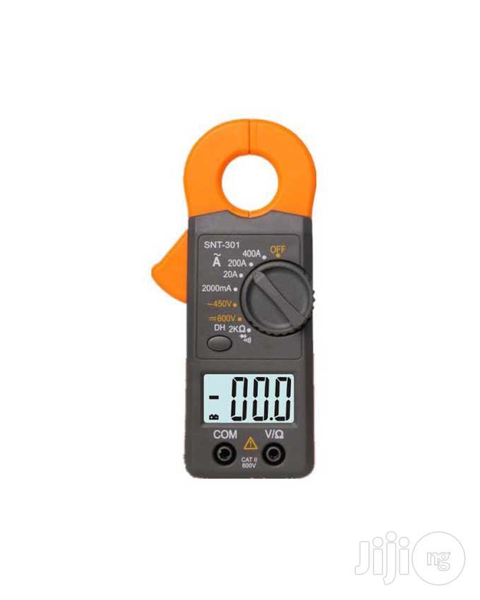 Portable LCD Digital Multimeter Clamp Meter SNT301