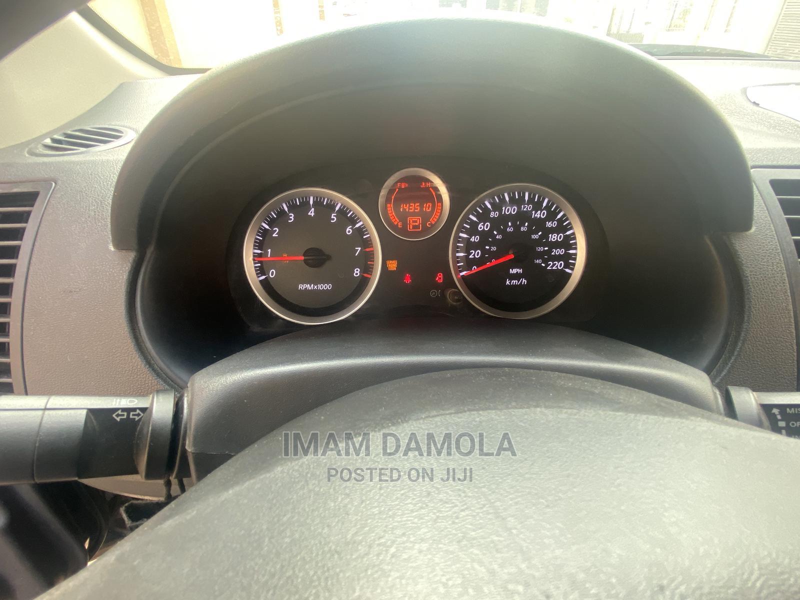 Nissan Sentra 2010 2.0 CVT Black | Cars for sale in Shomolu, Lagos State, Nigeria