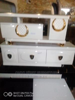 Glass TV Stand   Furniture for sale in Lagos State, Ikoyi