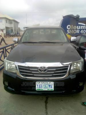 Toyota Hilux 2012 2.7 VVT-i 4X4 SRX Black | Cars for sale in Abuja (FCT) State, Nyanya
