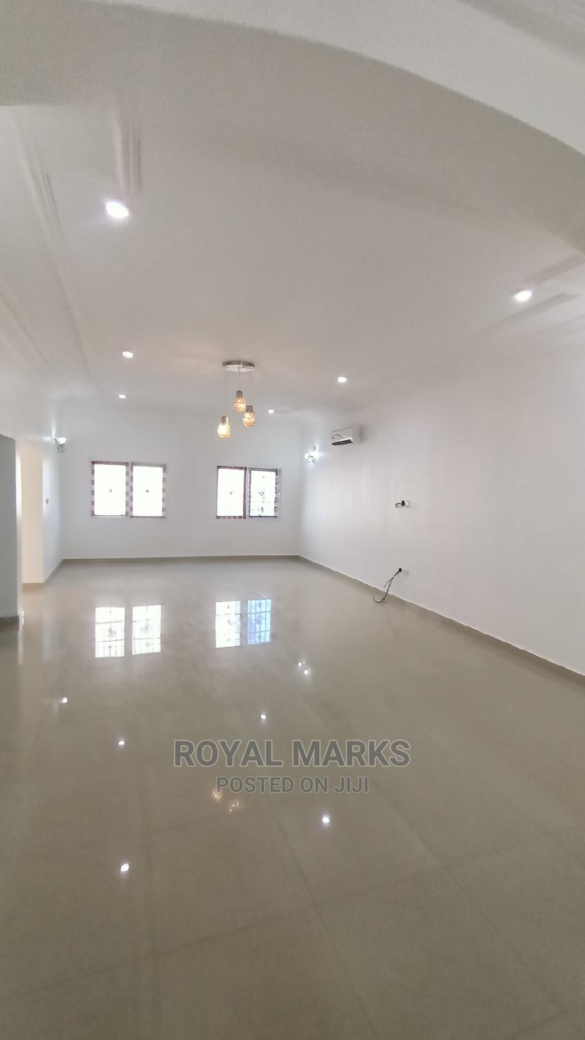 4bdrm Townhouse in Katampe Extension for Rent