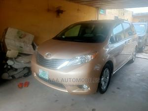 Toyota Sienna 2011 LE 7 Passenger Mobility Gold | Cars for sale in Lagos State, Surulere