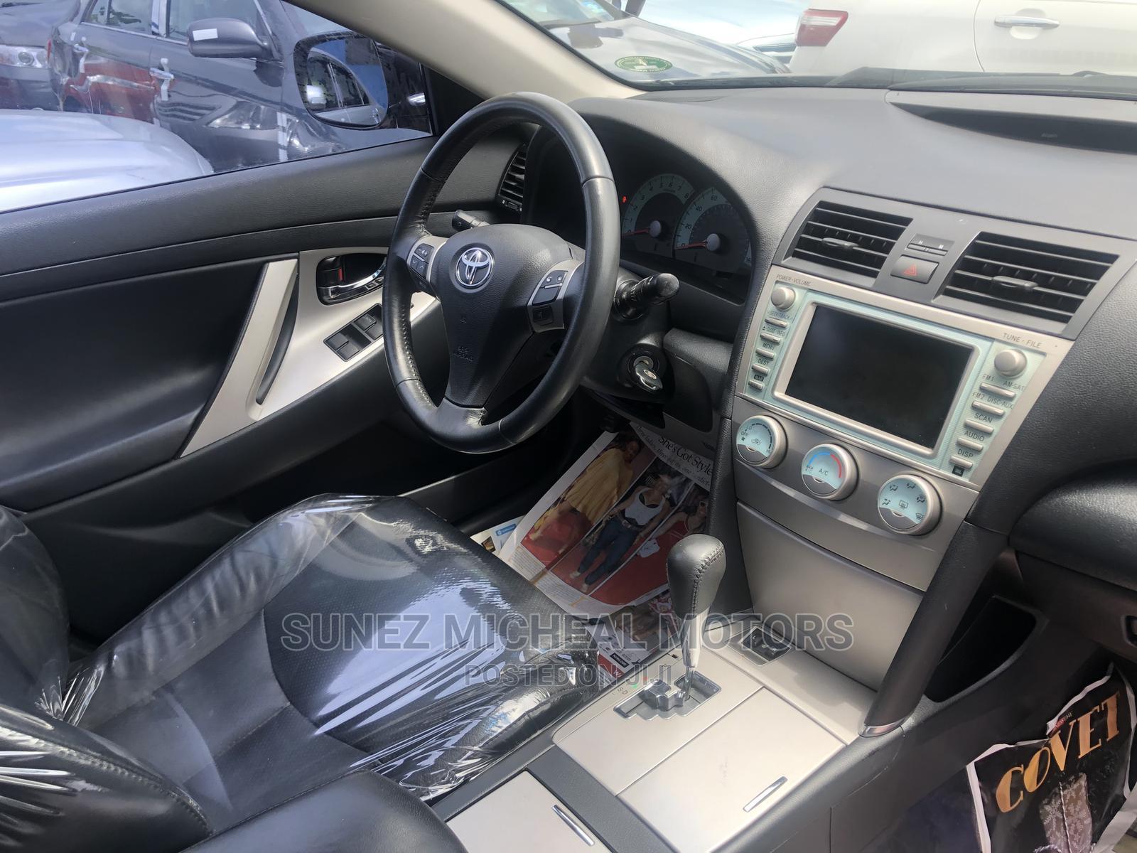 Toyota Camry 2009 Gray | Cars for sale in Amuwo-Odofin, Lagos State, Nigeria