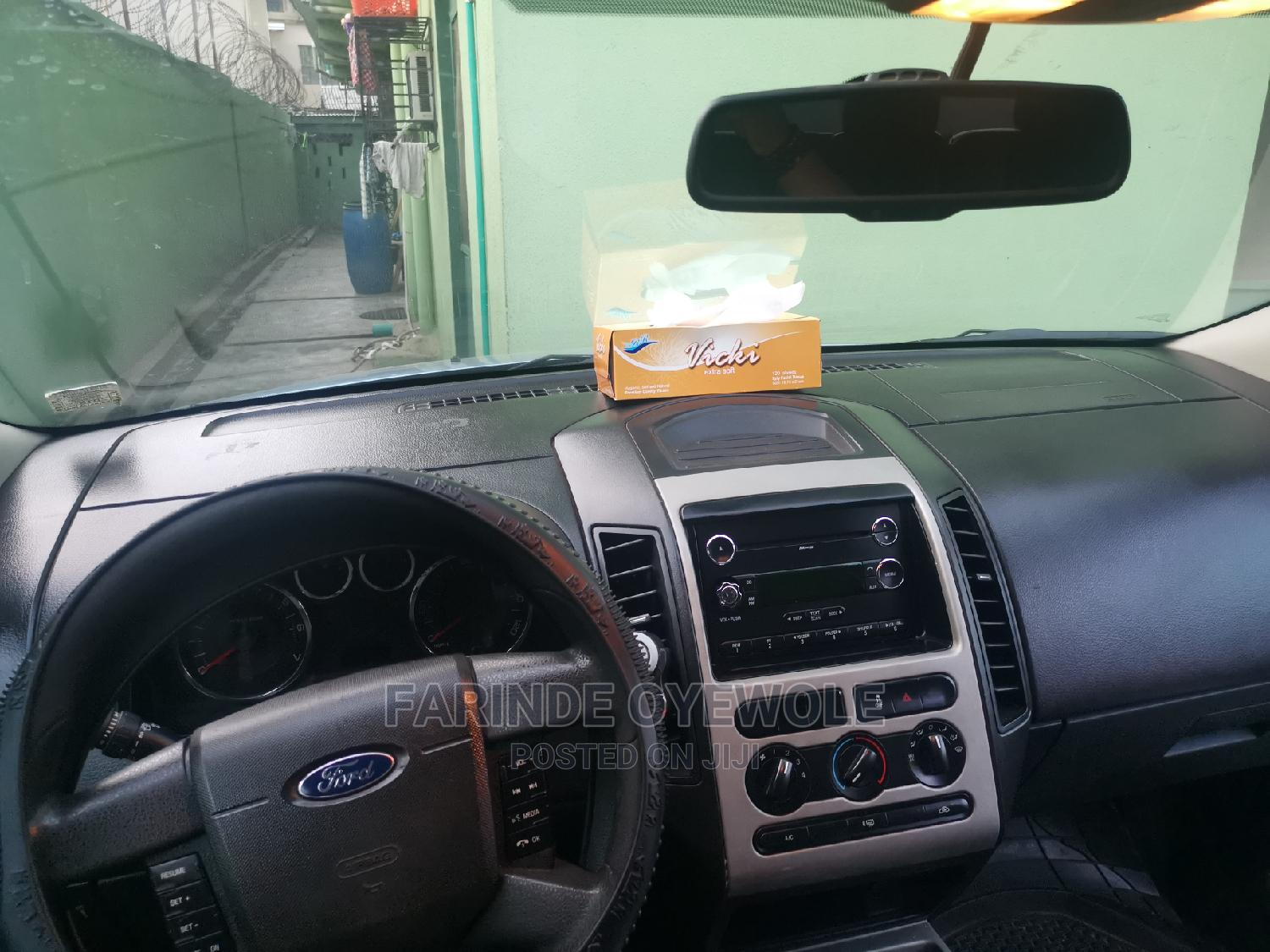 Archive: Ford Edge 2008 Blue