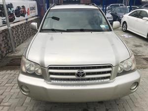 Toyota Highlander 2003 Limited V6 FWD Gold   Cars for sale in Lagos State, Ajah