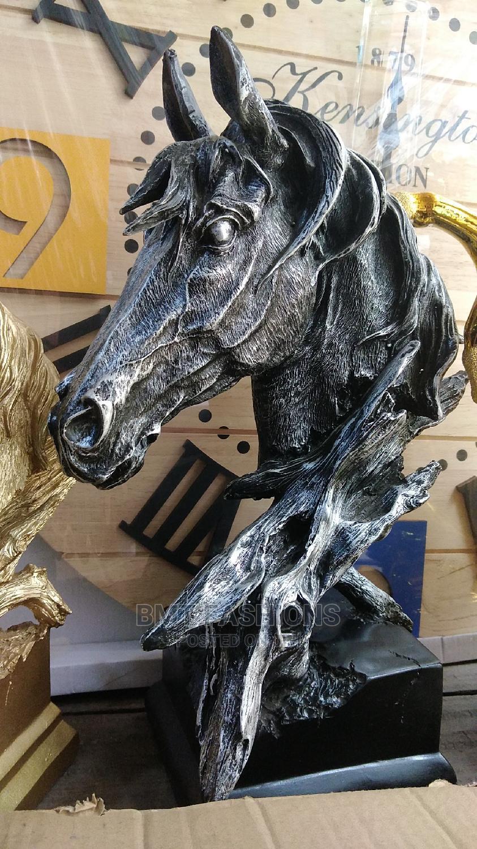 Bold Horse Head Figurine