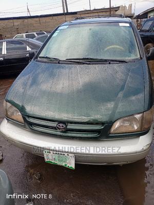 Toyota Sienna 2001 XLE Green   Cars for sale in Lagos State, Ifako-Ijaiye