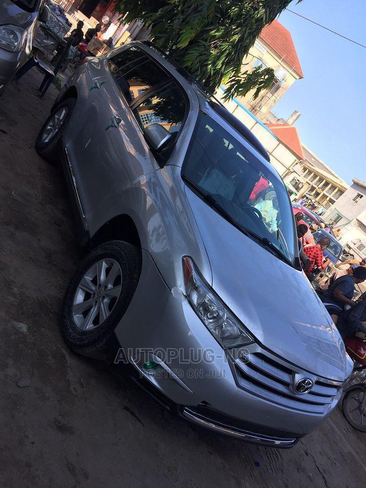 Toyota Highlander 2013 SE 3.5L 4WD Silver   Cars for sale in Amuwo-Odofin, Lagos State, Nigeria