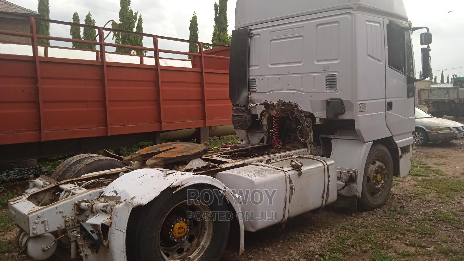 Archive: Good IVECO Trailer Head With 6tyres