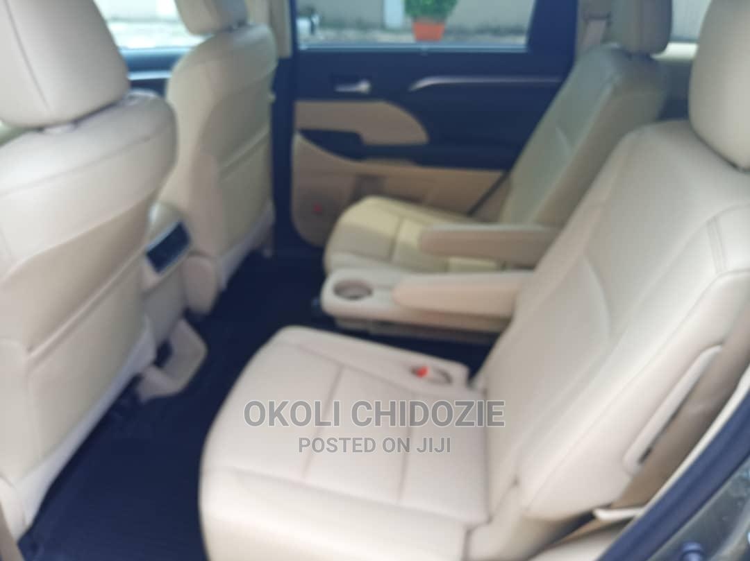 Toyota Highlander 2017 Green | Cars for sale in Amuwo-Odofin, Lagos State, Nigeria