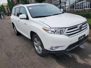 Toyota Highlander 2013 3.5L 4WD White | Cars for sale in Lagos State, Ikeja