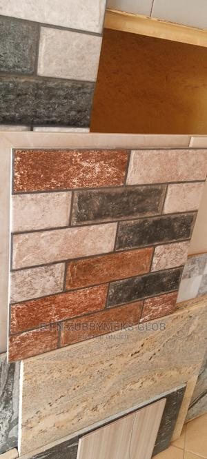 Crack Tiles 45×45.   Building Materials for sale in Abuja (FCT) State, Dei-Dei