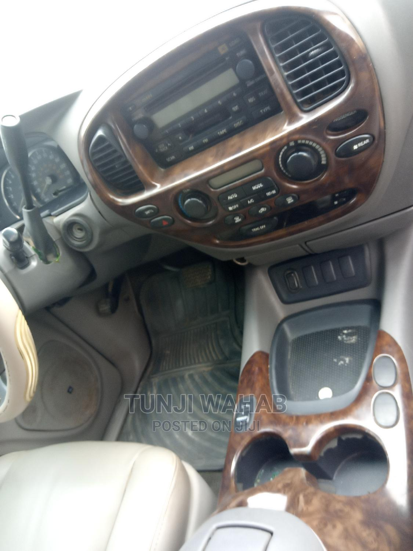 Archive: Toyota Sequoia 2006 Gray