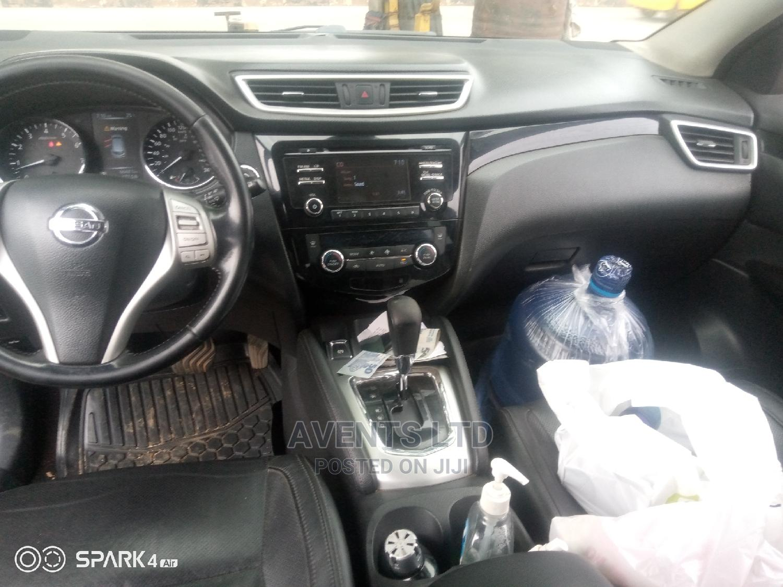 Archive: Nissan Qashqai 2015 Brown