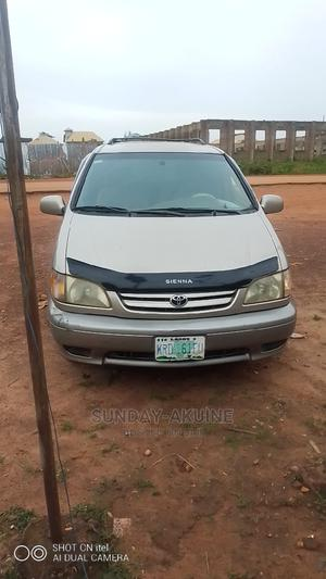 Toyota Sienna 2003 XLE Gold | Cars for sale in Ondo State, Akure