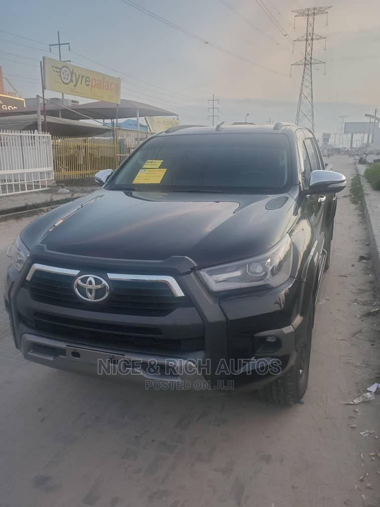 Toyota Hilux 2017 Black