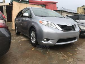 Toyota Sienna 2012 XLE 8 Passenger Gray | Cars for sale in Lagos State, Isolo