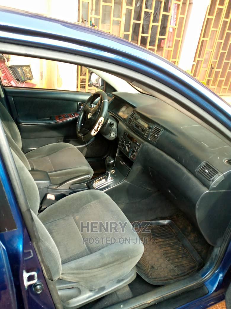 Archive: Toyota Corolla 2005 LE Blue
