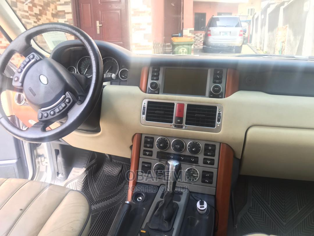 Archive: Land Rover Range Rover 2007 Silver