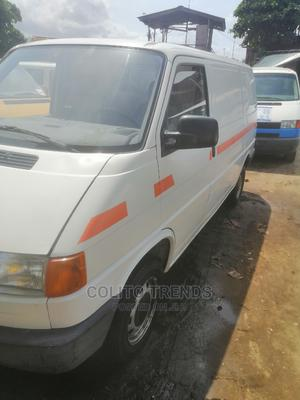 White T4 Volkswagen Bus Foreign Used | Buses & Microbuses for sale in Lagos State, Apapa