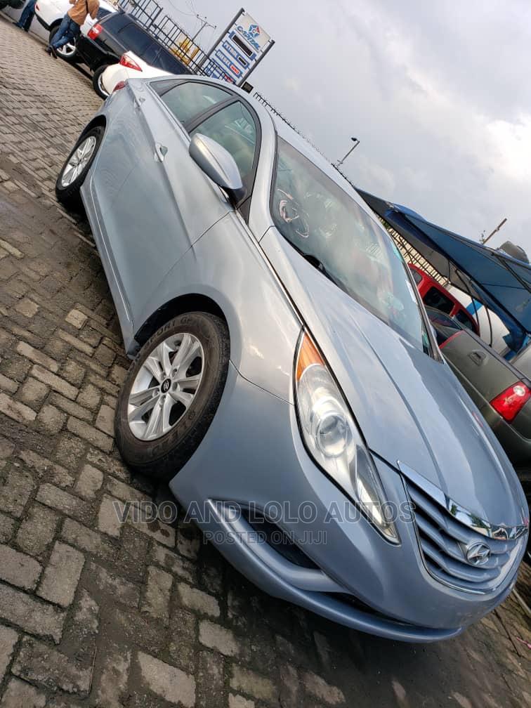 Hyundai Sonata 2011 Blue