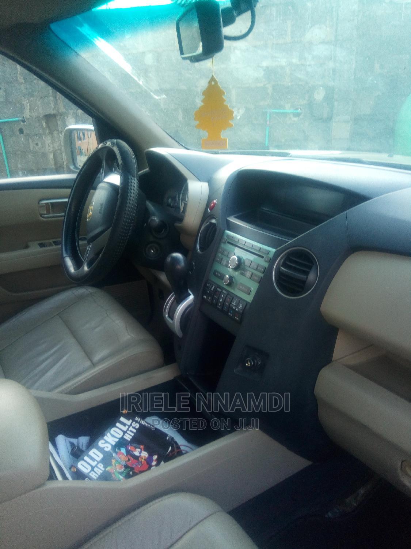 Archive: Honda Pilot 2011 Brown
