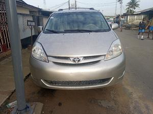Toyota Sienna 2009 LE Silver | Cars for sale in Lagos State, Surulere