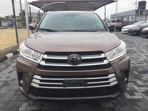 Toyota Highlander 2017 XLE 4x4 V6 (3.5L 6cyl 8A) Brown | Cars for sale in Lagos State, Lagos Island (Eko)