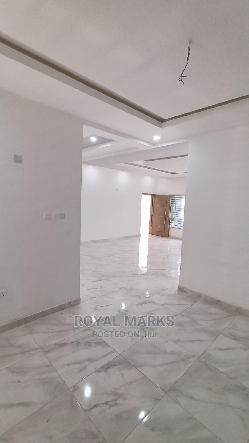 3bdrm Block of Flats in Jahi for Sale | Houses & Apartments For Sale for sale in Jahi, Abuja (FCT) State, Nigeria