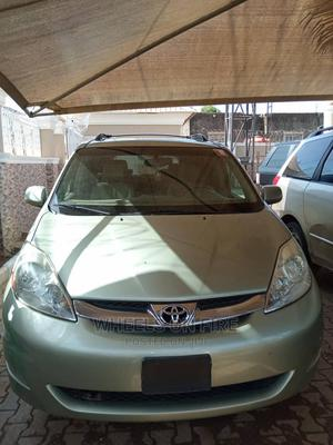 Toyota Sienna 2007 Green | Cars for sale in Abuja (FCT) State, Gwarinpa