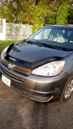 Toyota Sienna 2005 Gray | Cars for sale in Abuja (FCT) State, Wuse 2
