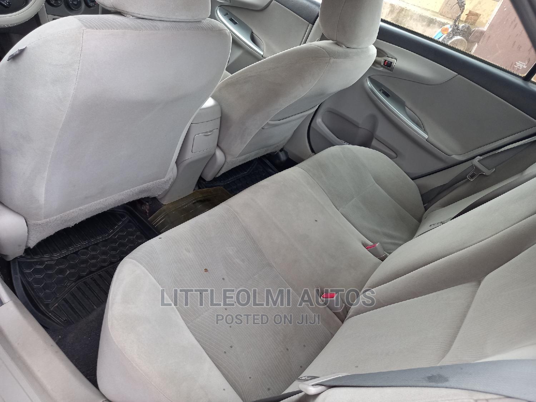 Toyota Corolla 2013 Gray | Cars for sale in Ifako-Ijaiye, Lagos State, Nigeria