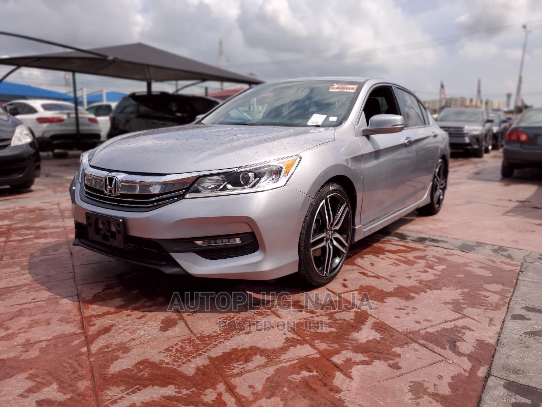Archive: Honda Accord 2016 Silver