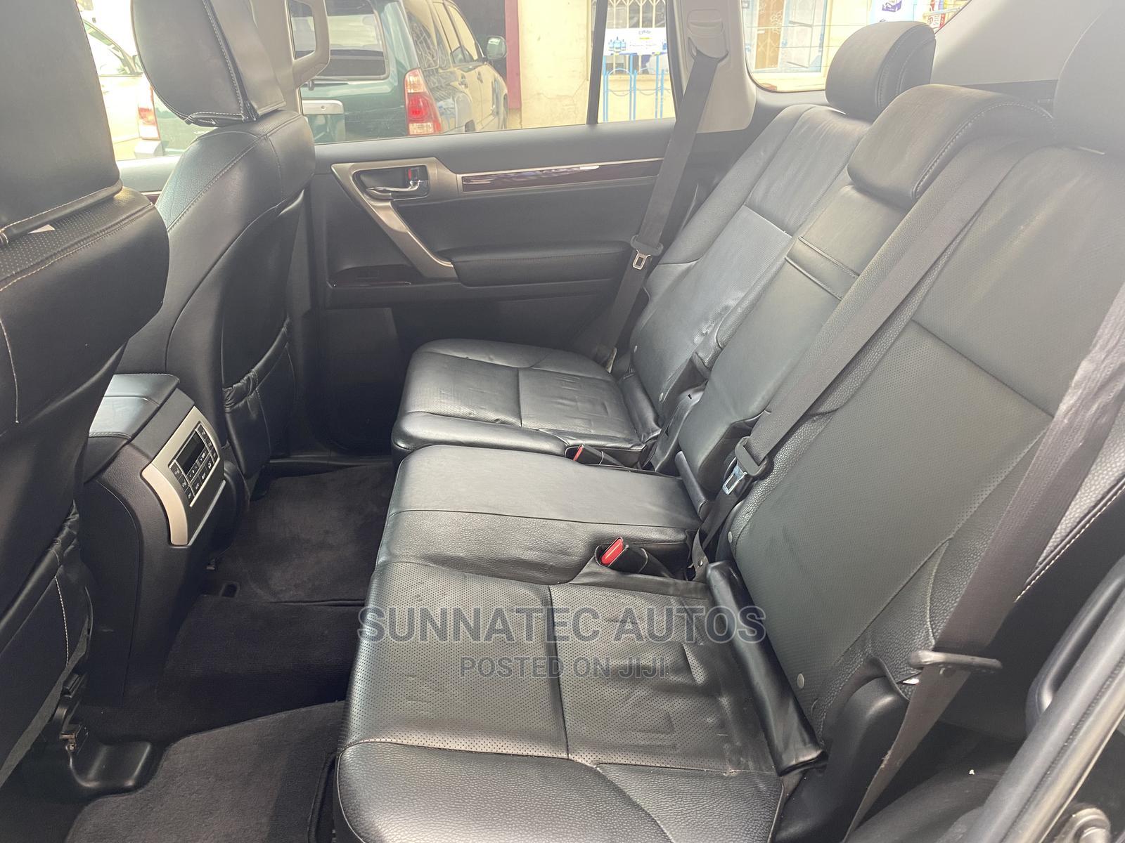 Archive: Lexus GX 2016 Black